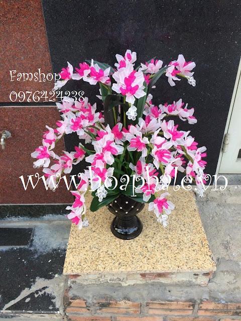 Hoa da pha le o Ngo Thi Nham