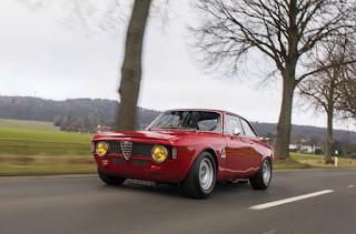 1965 Alfa Romeo Giulia Sprint GTA Touring