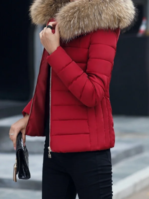 Geaca rosie de iarna cu blanita la moda de dama