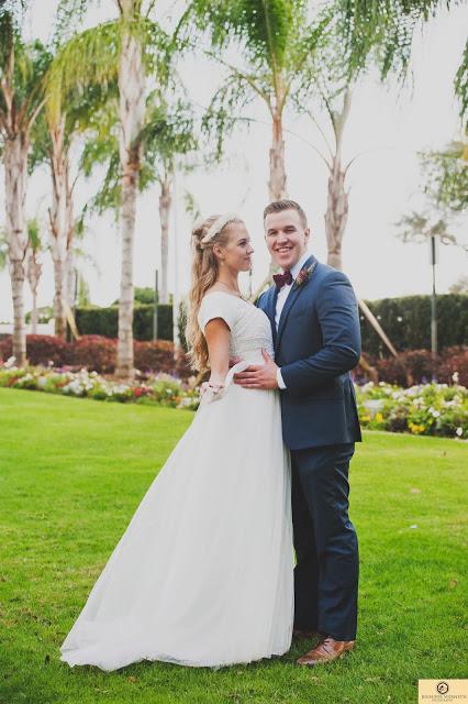 Affordable Wedding Photography Orlando: LDS Temple Wedding Photography Grass