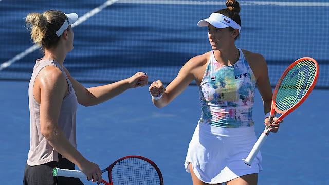 Gabriela Dabrowski e Luisa Stefani em ação pelo US Open