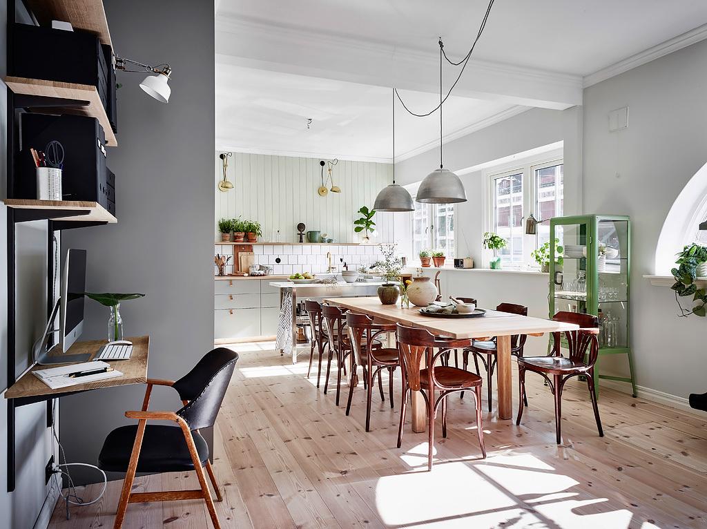 midcentury chair, thonet chair, workspace design, wall rack shelf