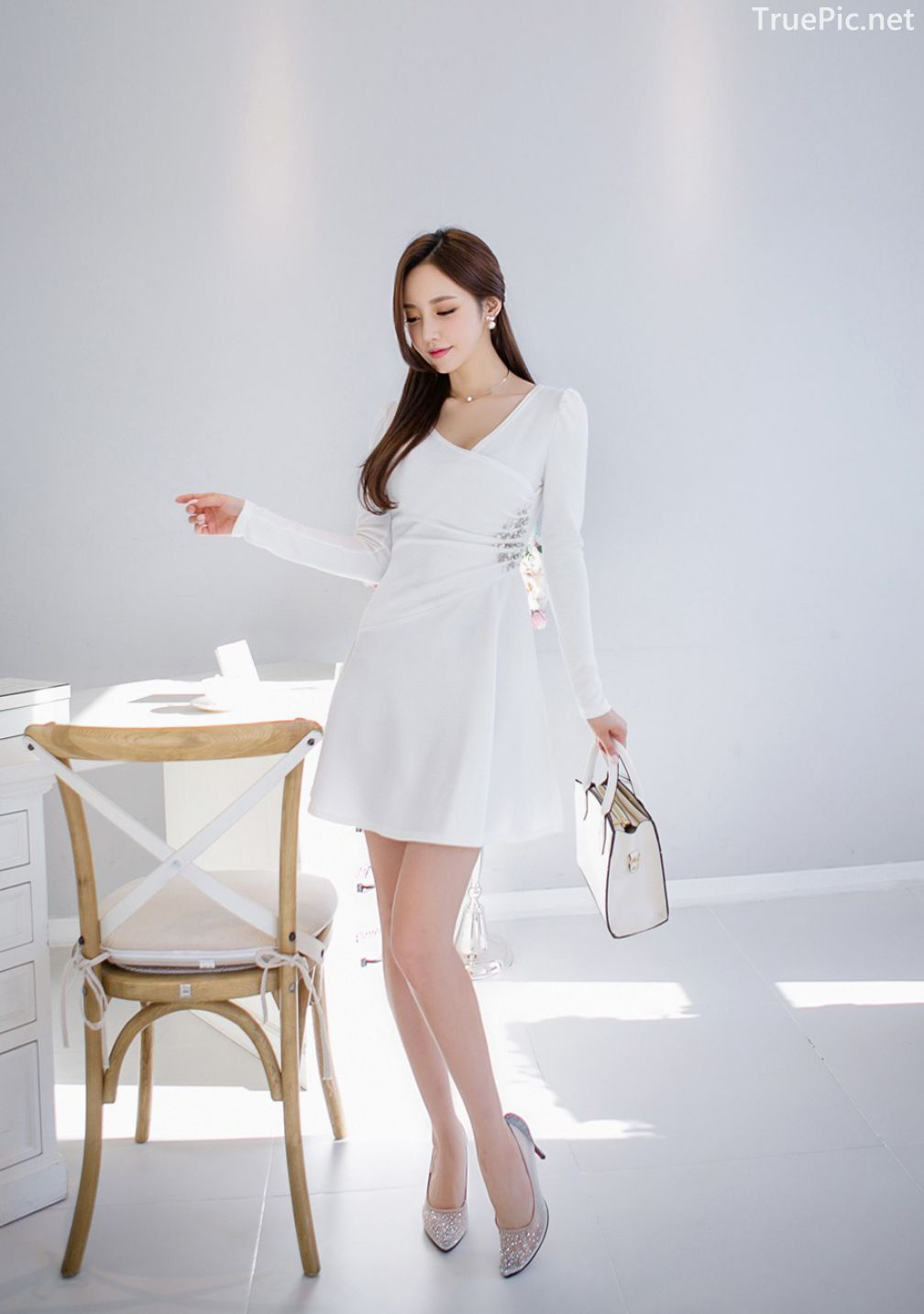 Son-Yoon-Joo-beautiful-photos-Indoor-Photoshoot-Collection-Korean-Fashion-and-Model-TruePic.net- Picture 4