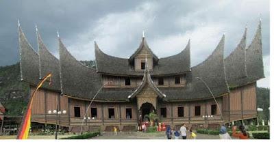 Rumah Gadang Batingkek - pustakapengetahuan.com