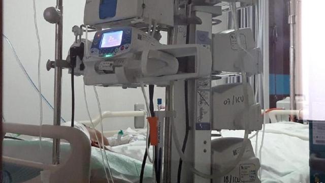 Pendemo DPR Tempurung Kepalanya Hancur, Polisi Sebut Jatuh dari Pagar