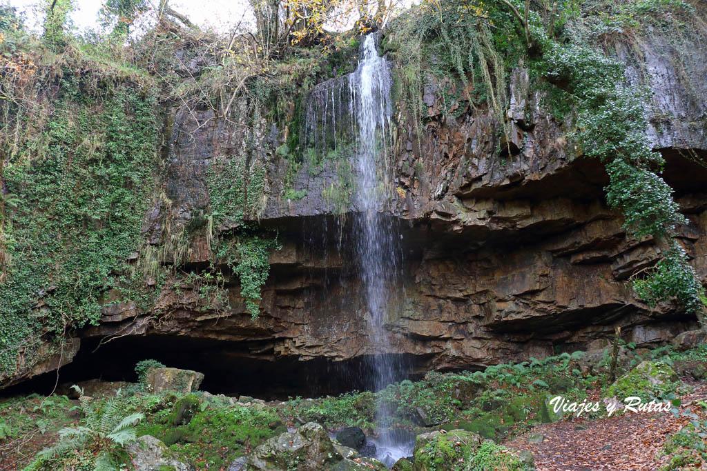 Cascada del Pímpano