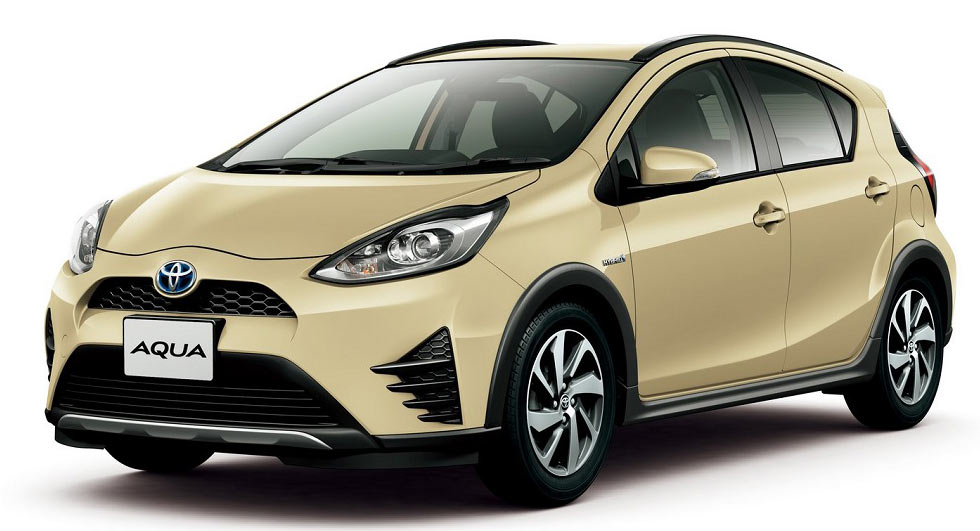 toyota aqua aka the prius c gets a facelift and a new crossover variant. Black Bedroom Furniture Sets. Home Design Ideas
