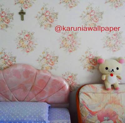 pemasangan wallpaper dinding surabaya