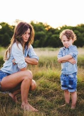 mengajarkan cara mengelola emosi pada anak