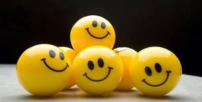 أجمل الاقتباسات الشعرية عن السعادة والسرور والبشاشة