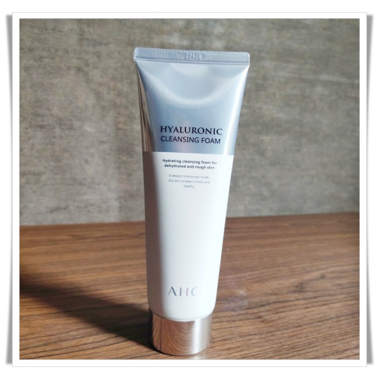 AHC Cleansing Foam