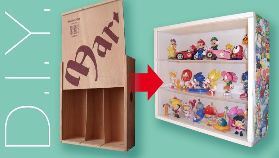 Caja de madera reciclada y transformada en vitrina