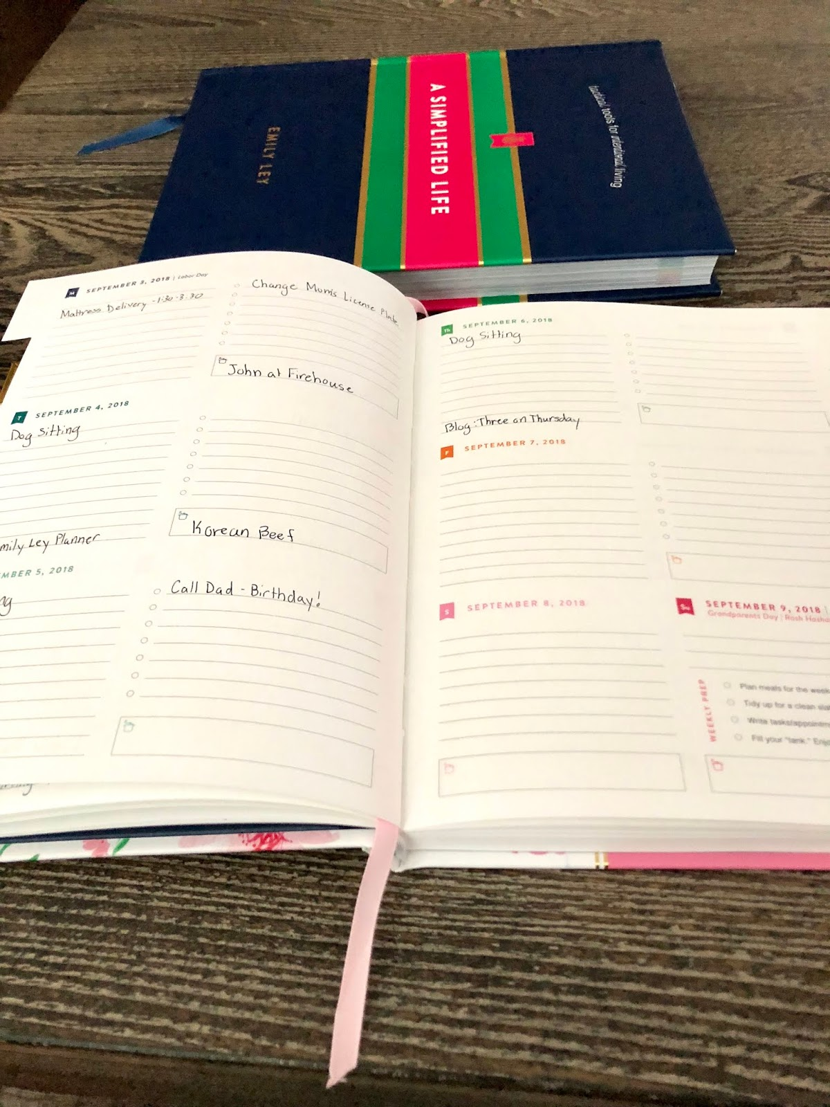 photo about Simplified Planner Emily Ley known as How I Employ My Emily Ley Simplified Planner [ Not Totally