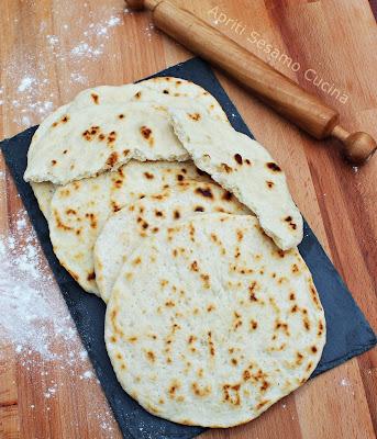 La ricetta originale del pane pita, cucina greca
