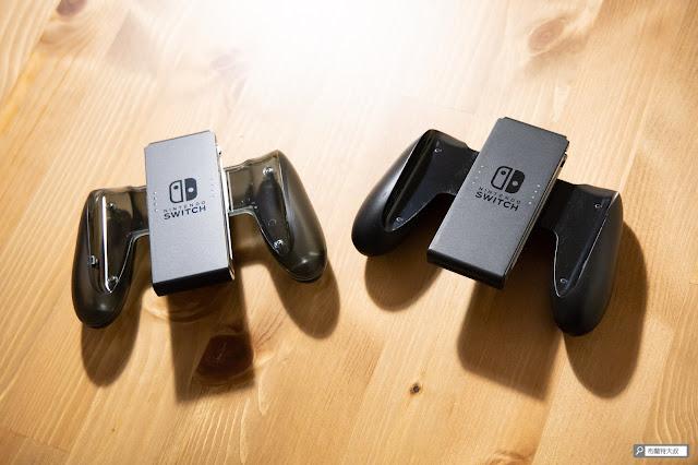 【生活分享】充電不用拆卸,Switch 原廠 Joy-Con 充電握把 - 與隨附握把外觀無特別差異