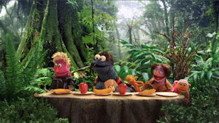 cookie monster, Cookie's Crumby Pictures The Hungry Games Catching Fur, Cookie-ness Evereat, pita, Finicky, Sesame Street Episode 4414 The Wild Brunch season 44
