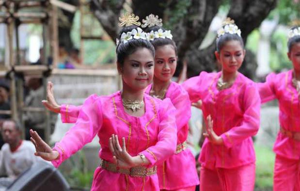 4. Tari Rara Ngigel, Yogyakarta