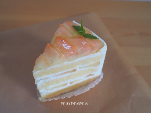 グリュッケンベルグ、桃のショートケーキ