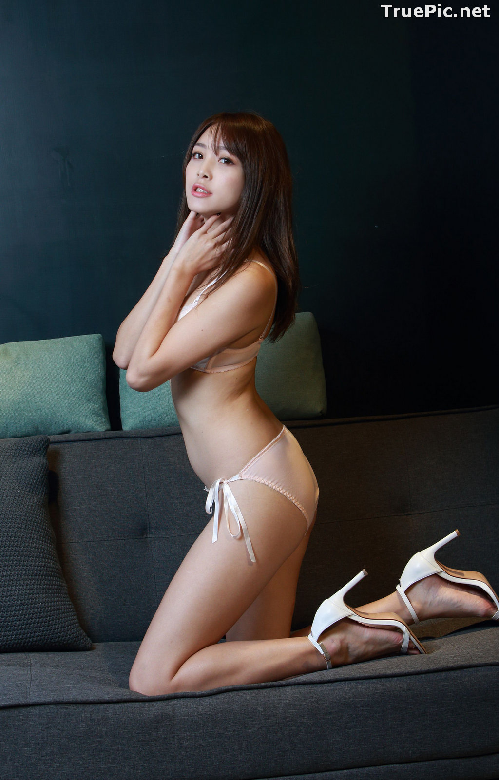 Image Taiwanese Model - Ash Ley - Sexy Girl and White Lingerie - TruePic.net - Picture-2