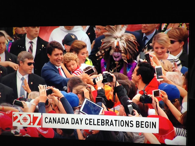 Screenshot CBC coverage Canada 150, Ottawa - PM Trudeau greets crowd