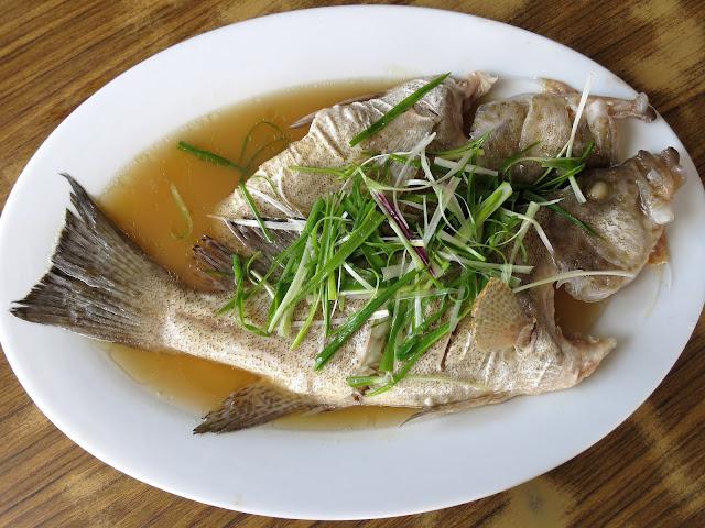 Loke-Tien-Yuen-乐天园酒家-Mersing-Johor-Malaysia