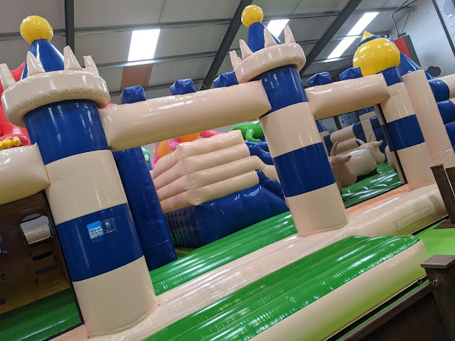 Gulliver's Valley Stay & Play Review soft play