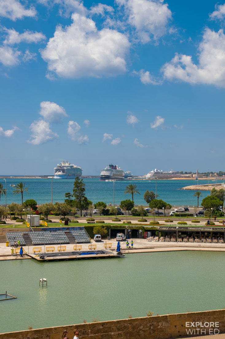 Cruise ships docked in the Port of Palma including Symphony of the Seas