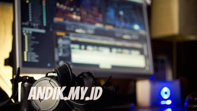 software edit video, youtube, adobe premiere pro, filmora, windows movie maker,