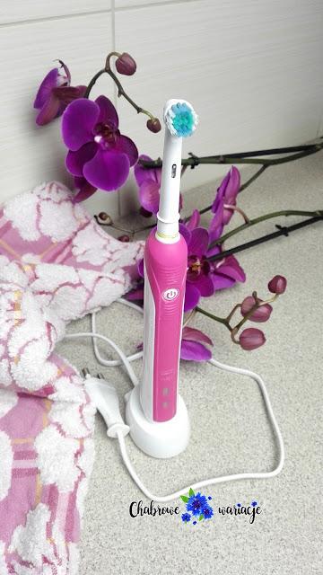 Szczoteczka elektryczna Oral B 650- zbawienie dla moich zębów + opis końcówek dostępnych na rynku.