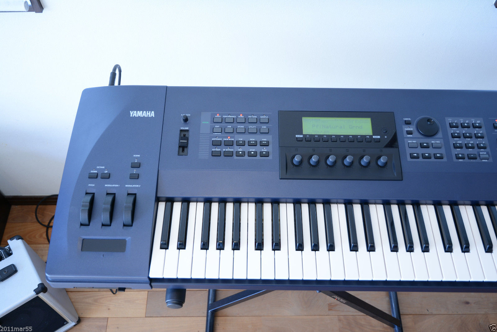 MATRIXSYNTH: YAMAHA EX7 61 Key Synthesizer Workstation