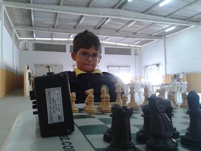 Resultado de imagem para enzo magalhães imagens xadrez