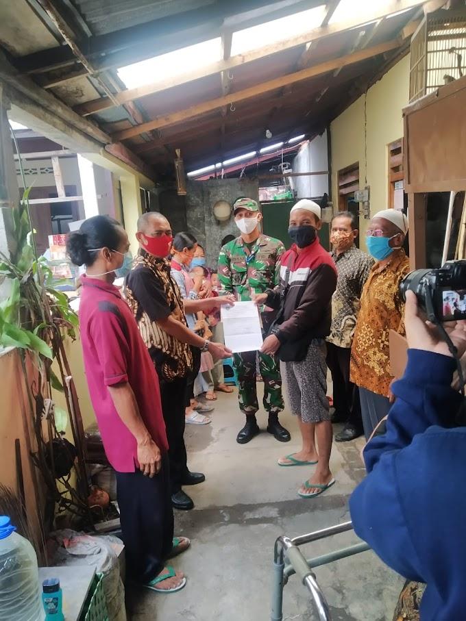 Walikota Surakarta dan Dandim Solo Laksanakan Penjemputan dan Pemulangan Masyarakat Yang Selesai Karantina