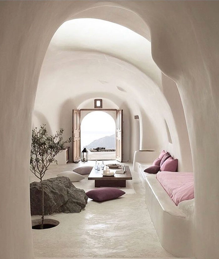Interiors | Décor Inspiration: Curves Ahead
