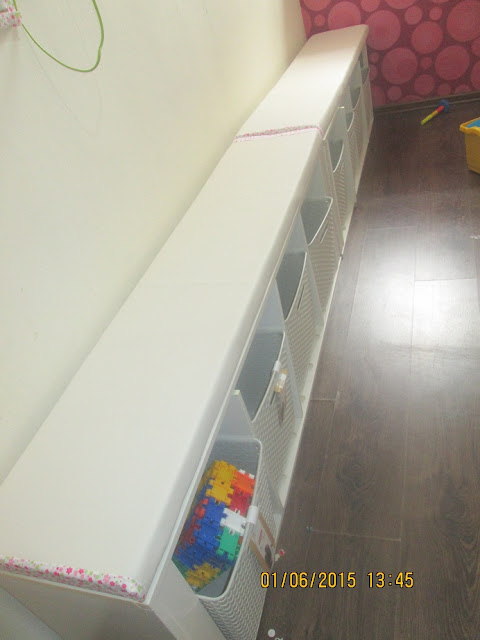 IMG 0009 - ארון שהפך לספסל לילדים