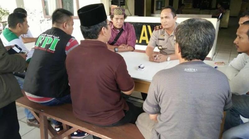 DPW FPI Pekanbaru melaporkan Sonny ke Polda Riau