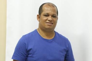 Vereador de Jaguarari acusa prefeito Antônio Nascimento de empregar toda família do deputado Bobô na prefeitura