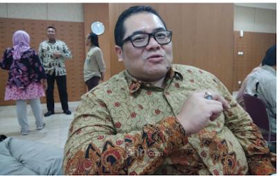 Pengamat: Guru di Indonesia Antikritik, Maunya Gaji Besar, Kualitas Rendah