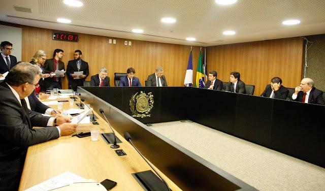 Lei de Diretrizes Orçamentárias prevê superávit de R$ 703 milhões em 2020