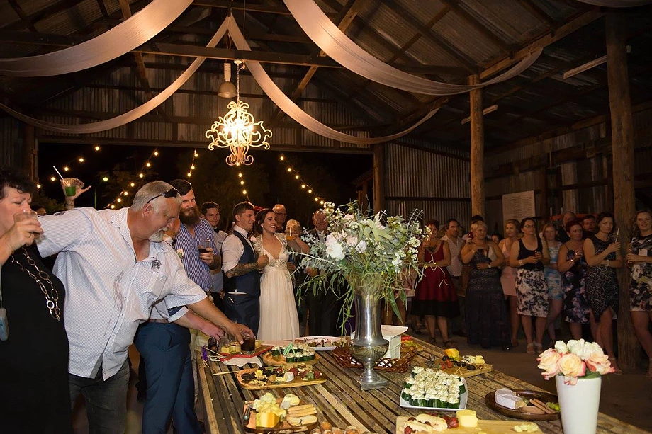 TO THE AISLE AUSTRALIA WEDDING DECOR HIRE CLERMONT CENTRAL QUEENSLAND
