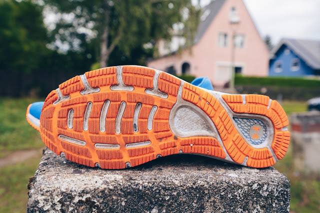 Under Armour HOVR Sonic 3 Sohle Sole test