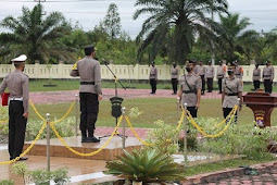 Agung Tri Widiantoro Pimpin Upacara Sertijab Kasatreskrim Polres Barito Selatan