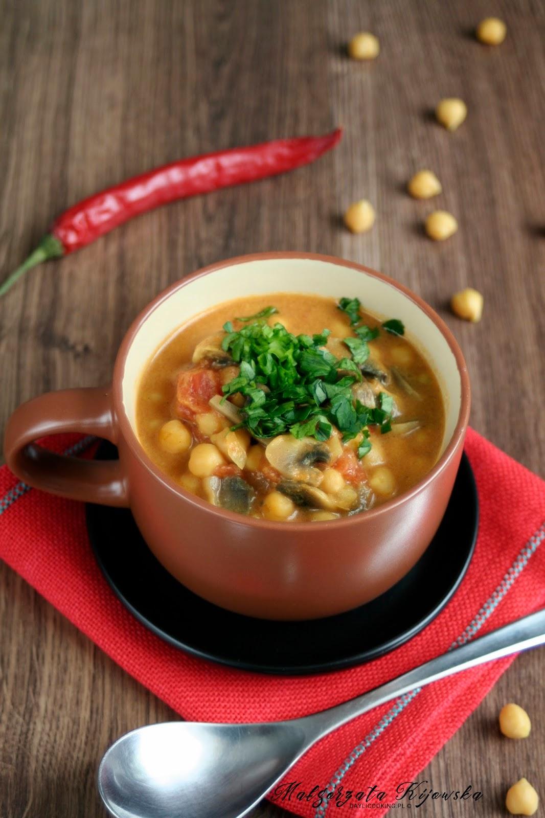 Pikantne Czerwone Curry Z Ciecierzycy Daylicooking Blog Kulinarny