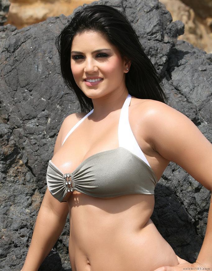 Sexy Sunny Leone Clip