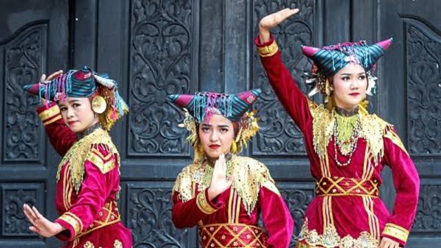 Fadli Zon Usul Provinsi Sumbar Ganti Jadi Minangkabau