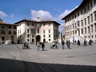 Pisa's Piazza dei Cavalieri, looking towards the Piazza dell'Orologio
