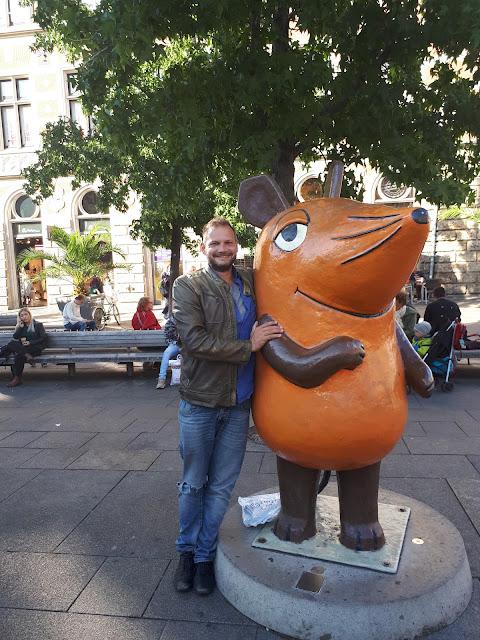 The Social Traveler with Die maus und der Elefant in Erfurt