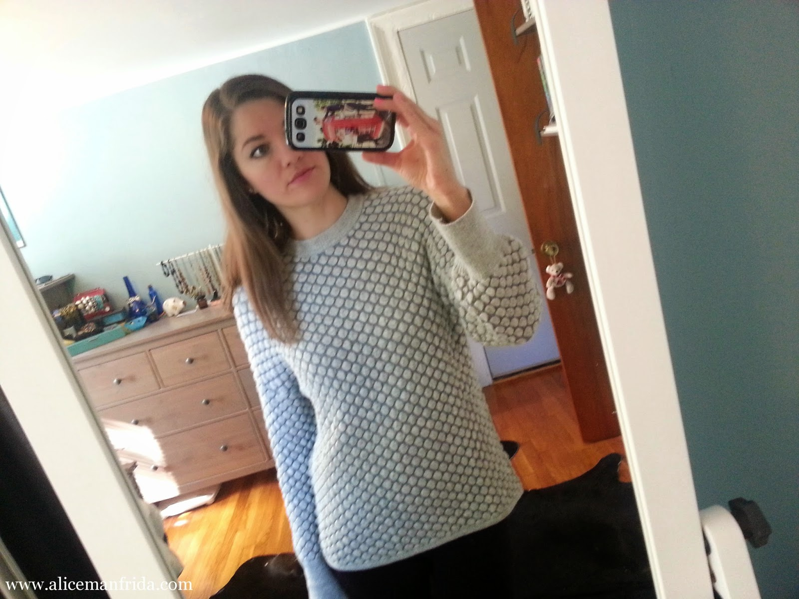 sweater, H&M, gray, texture, sweater weather, cozy, warm, OOTD, outfit of the day
