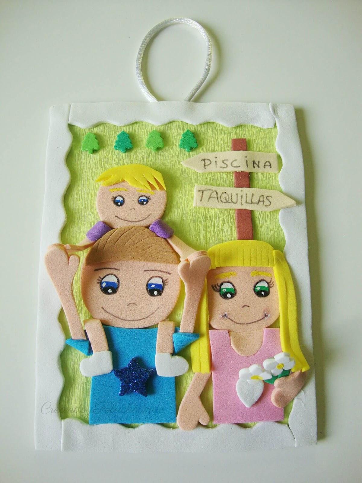 Cartel con Familia Fofucha en Goma eva - Handbox Craft Lovers ...