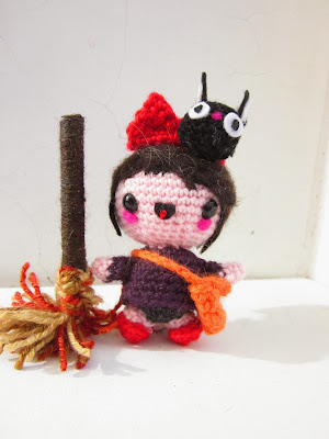 amigurumi kiki and jiji free pattern by the sun and the turtle
