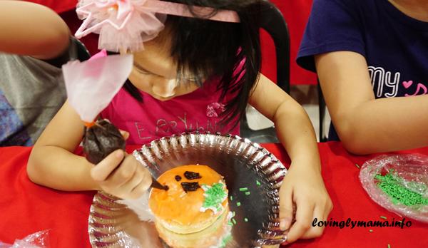 Halloween doughnut decorating